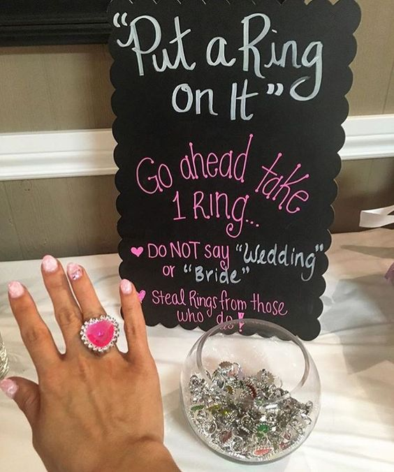 how to throw a fun bridal shower