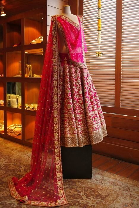 beautiful wedding lehengas