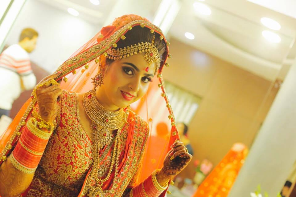 Magnificent Wedding With A Beautifully Styled Bride!