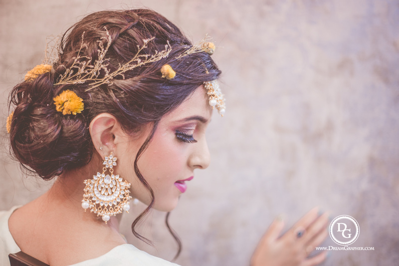 6 Ways To Rock Messy Hairstyles At Your Engagement Party