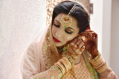 makeup by saakshi