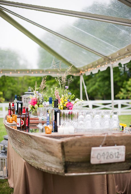 Best bar ideas for your wedding - How to decorate a bar ...