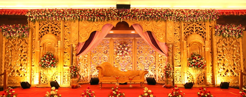 Stunning stage decor ideas that 39 ll inspire you functionmania for Decoration 4 life
