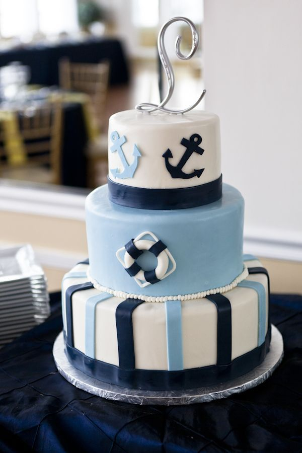 popular designs for baby shower cakes