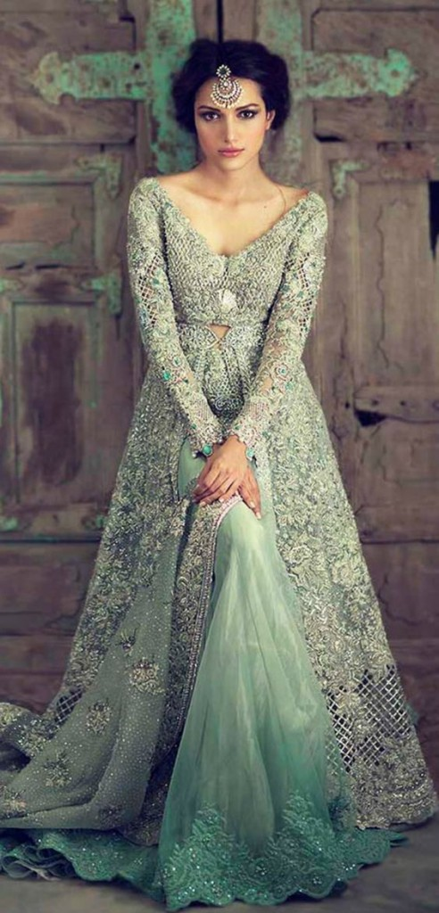 ideas for gorgeous engagement gowns