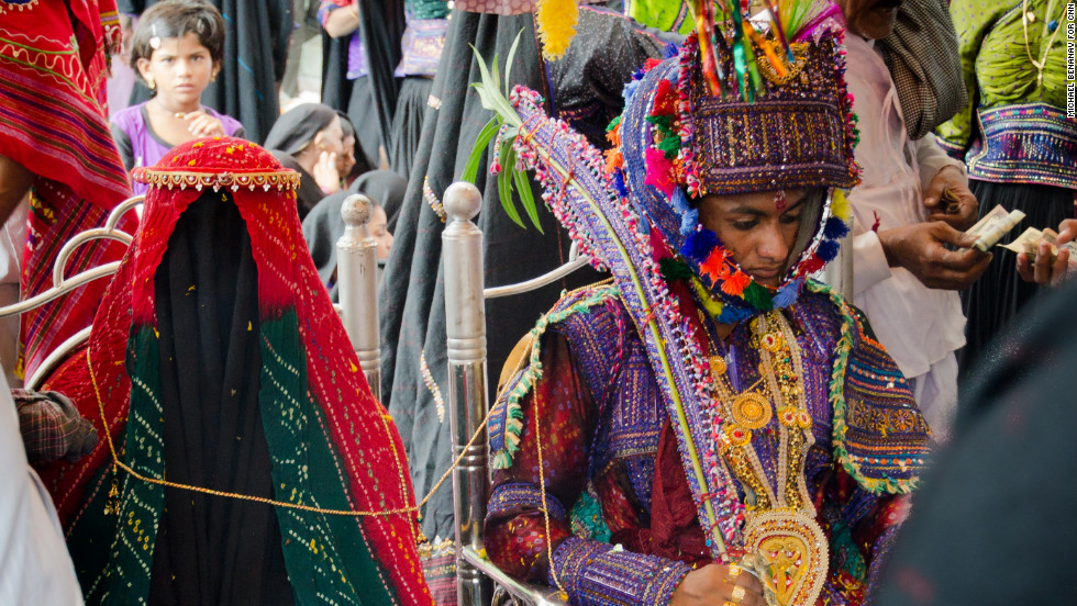 Seven Weird Marriage Traditions From Around The World