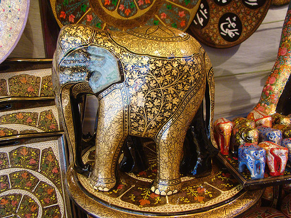 Traditional Arts and Crafts of India Are Dying Slowly