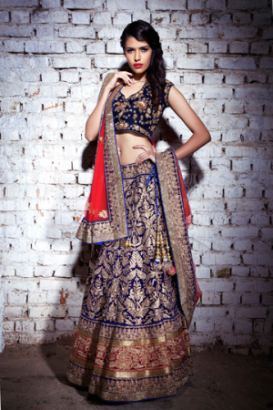 Shrangar - bride in blue