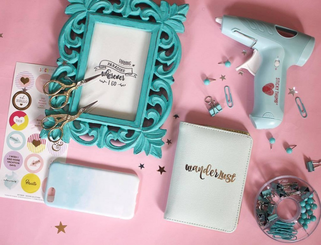 essentials to pack for your honeymoon