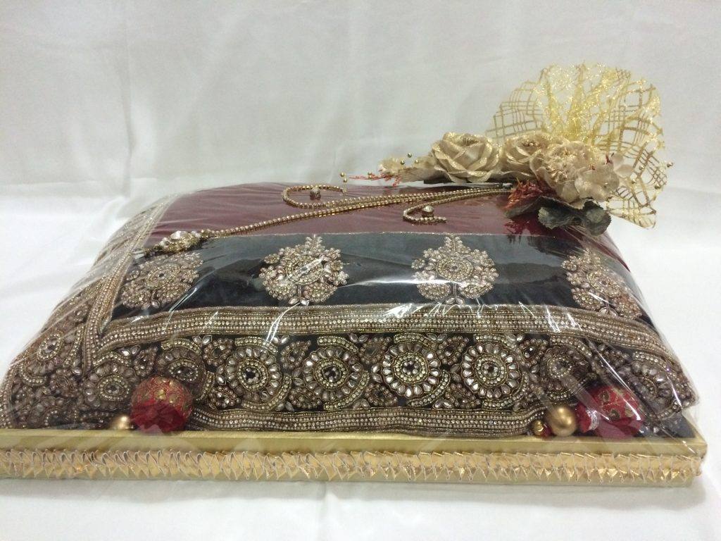 best designs for trousseau packing