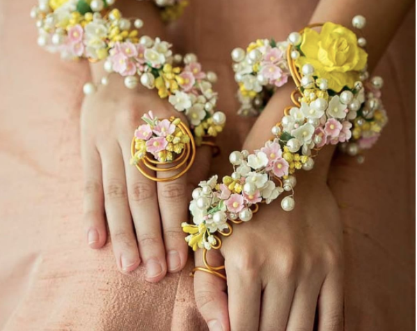 best floral jewelry for wedding