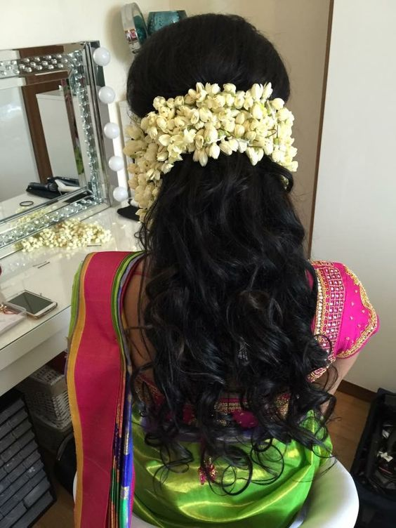 8 Gorgeous Gajra Hairstyles To Dazzle At Your Bestie S