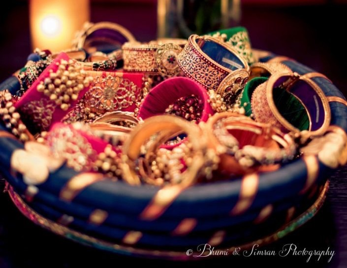 Wedding Gifts For Indian Bride: 20 Beguilingly Beautiful Mehendi Favors That Every Bride