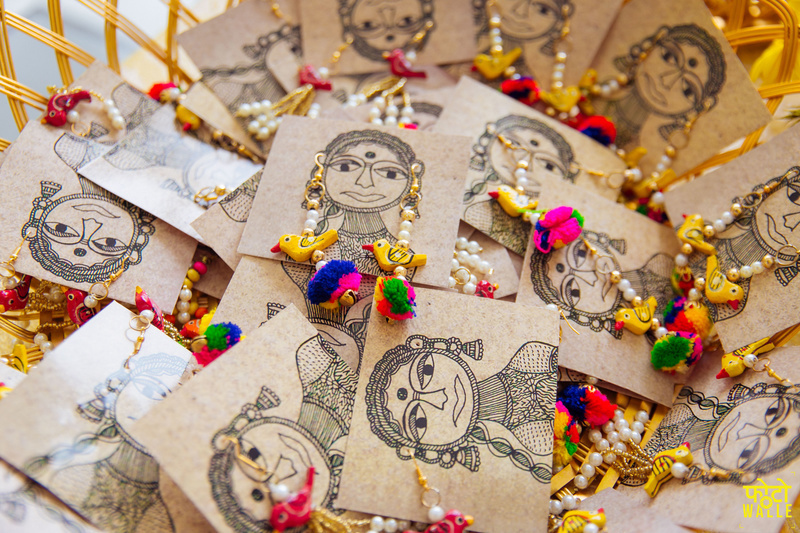 Hindu Wedding Gifts For Guests: 20 Beguilingly Beautiful Mehendi Favors That Every Bride