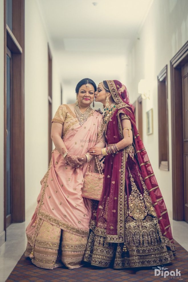 cute photo with your mom on wedding day