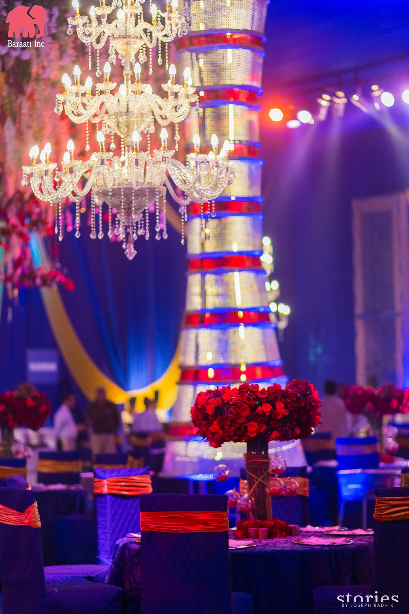 Beautiful wedding decor planned by Baraati Inc