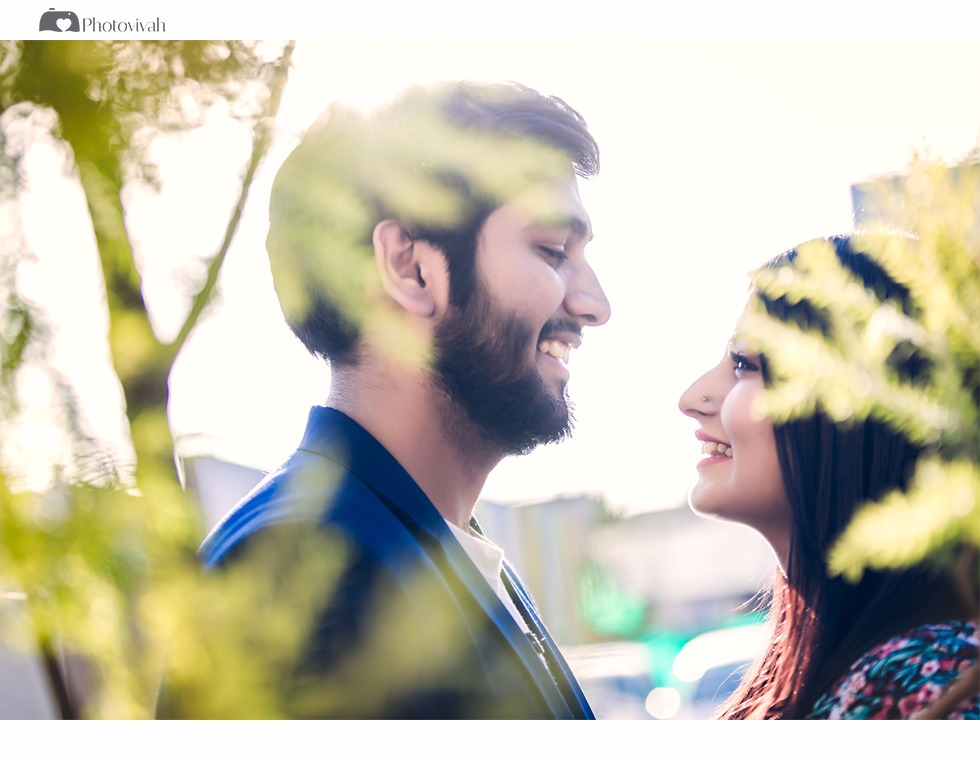 Extremely romantic photoshoot of a couple in a garden | Your Dream Location | 5 Spectacular Photo Shoot Locations in Delhi NCR | FunctionMania