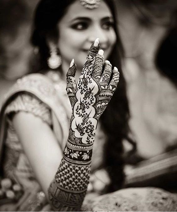11 Beautiful Mehendi Trends For The New Age Brides