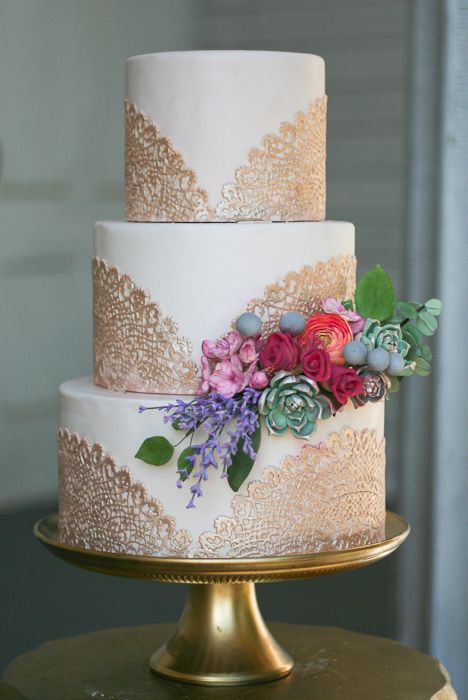 Gold lace doily fall wedding cake
