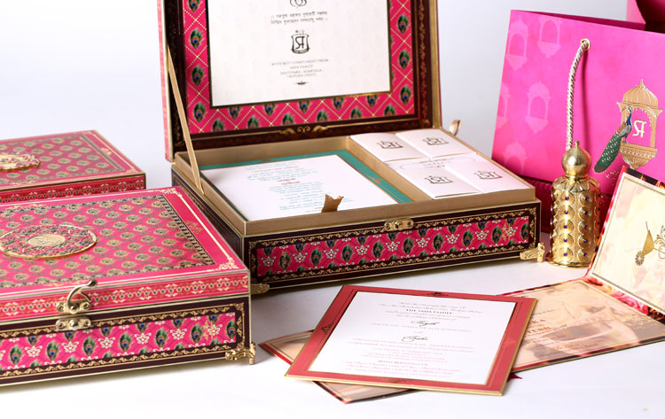 Beautiful Golden And Pink Wedding Invitation Cards With Laser Cut Design Ideas