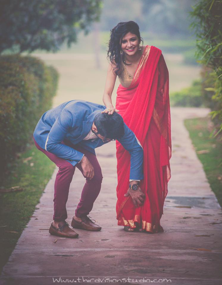 Candid prewedding photoshoot | girl in red saree boy in denim shirt | candid couple photography ideas | Prewedding Shoot ideas | Function Mania