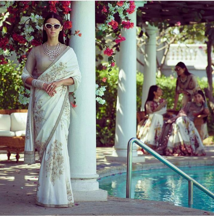 White Saree with Silver Zari and Thread work   Beautiful saree by Sabyasachi   White Saree with Grey Blouse   white Polki Necklace   White Sunglasses on Indian wear   Summer Wedding Outfit Ideas   Day Wedding Outfit Ideas   spring Wedding Ideas   Function Mania  