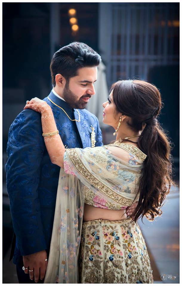 CREAM LEHENGA WITH INTRICATE EMBROIDERY | BLUE GROOM WEAR \ BLUE EMBROIDERED BANDHGALA FOR GROOMS | COUPLE WEDDING PHOTO IDEAS | ROMANTIC COUPLE SHOOT IDEAS | THIRD VISION STUDIO | FUNCTION MANIA
