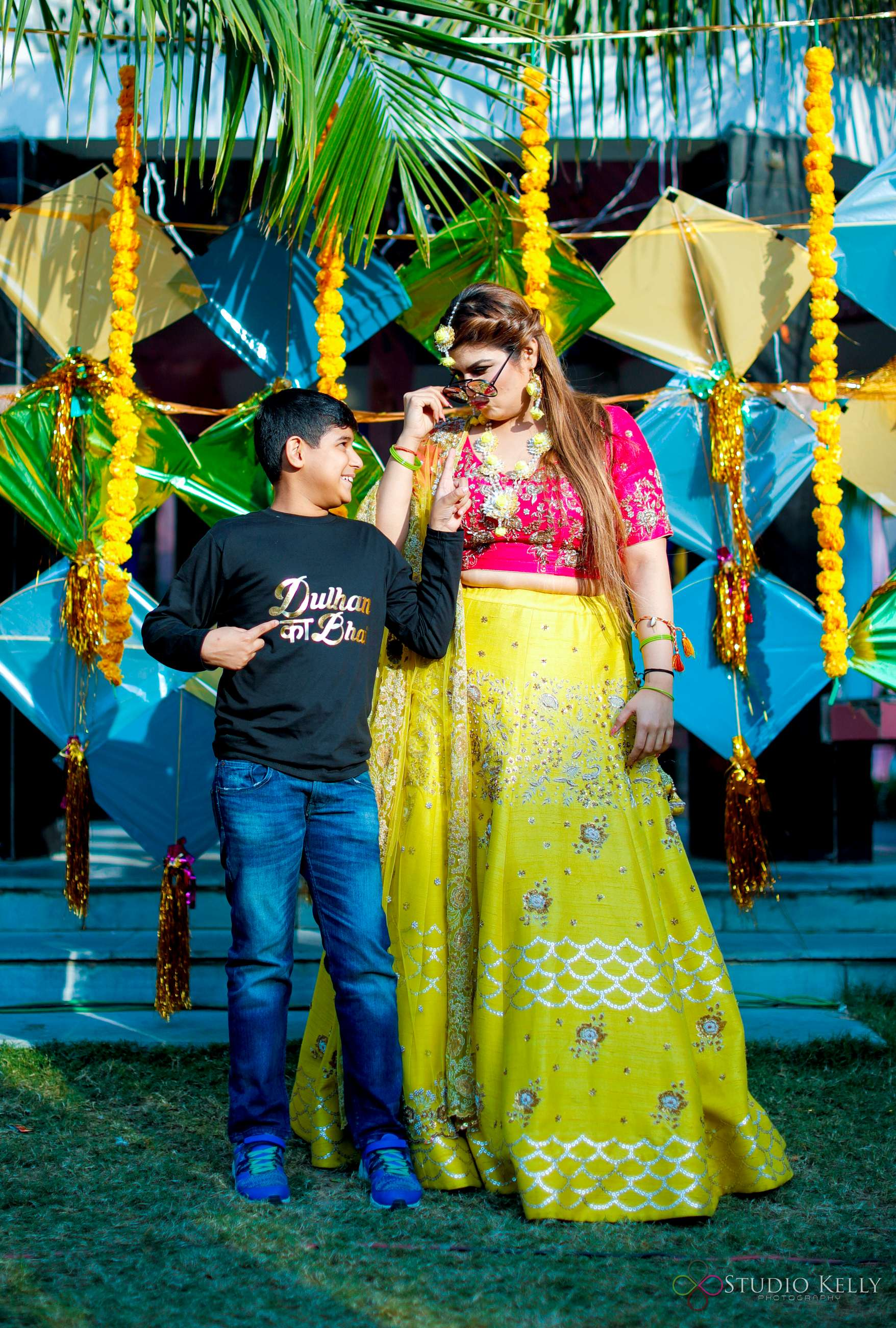 indian weddings | mehendi pictures | indian wedding pictures | Function Mania | Latest Mehendi Picture Ideas| brides and brothers | Quirky Pictures | Function Mania