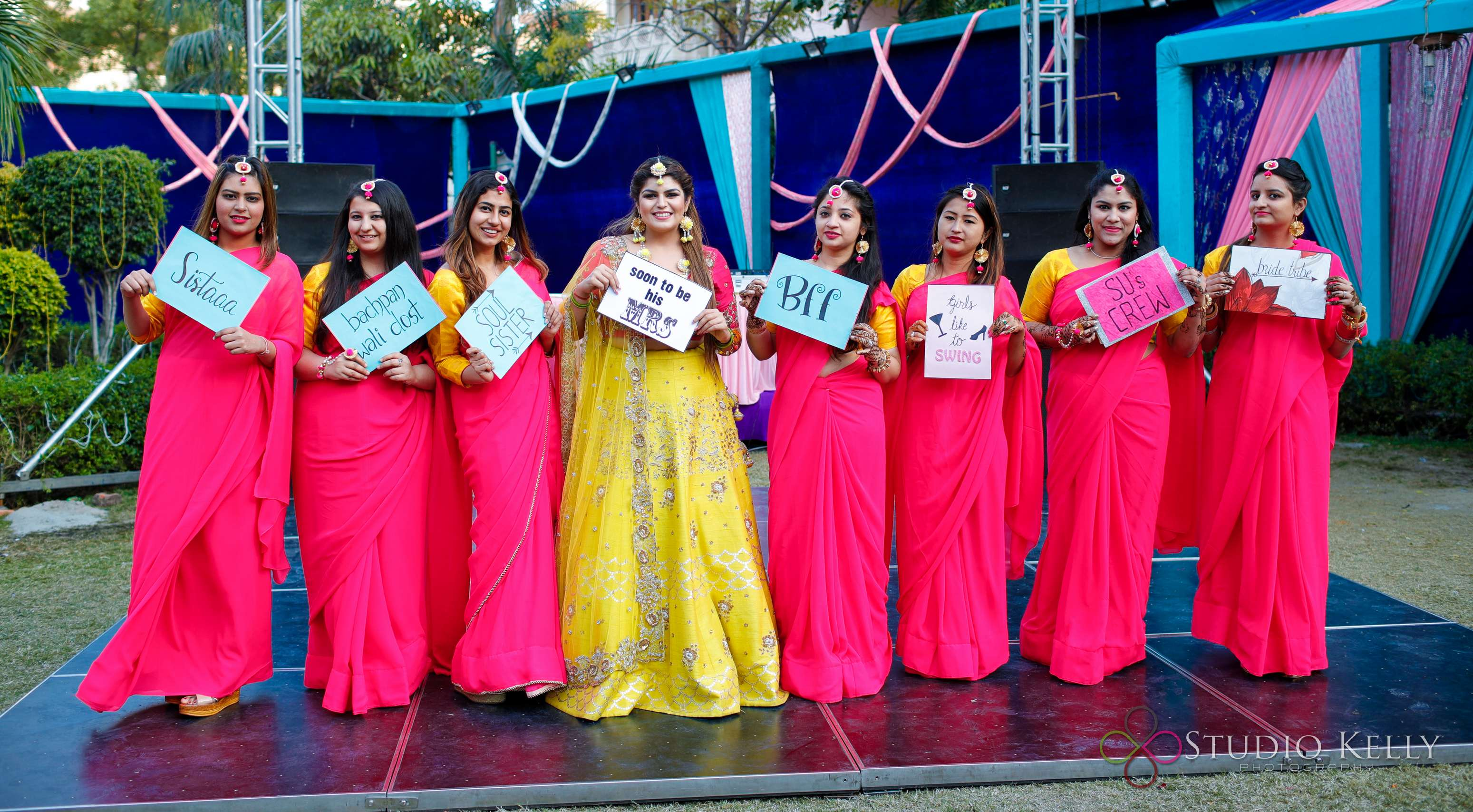 indian weddings | mehendi pictures | indian wedding pictures | Function Mania | Latest Mehendi Picture Ideas | bridesmaids photo ideas | Quirky Pictures | Function Mania