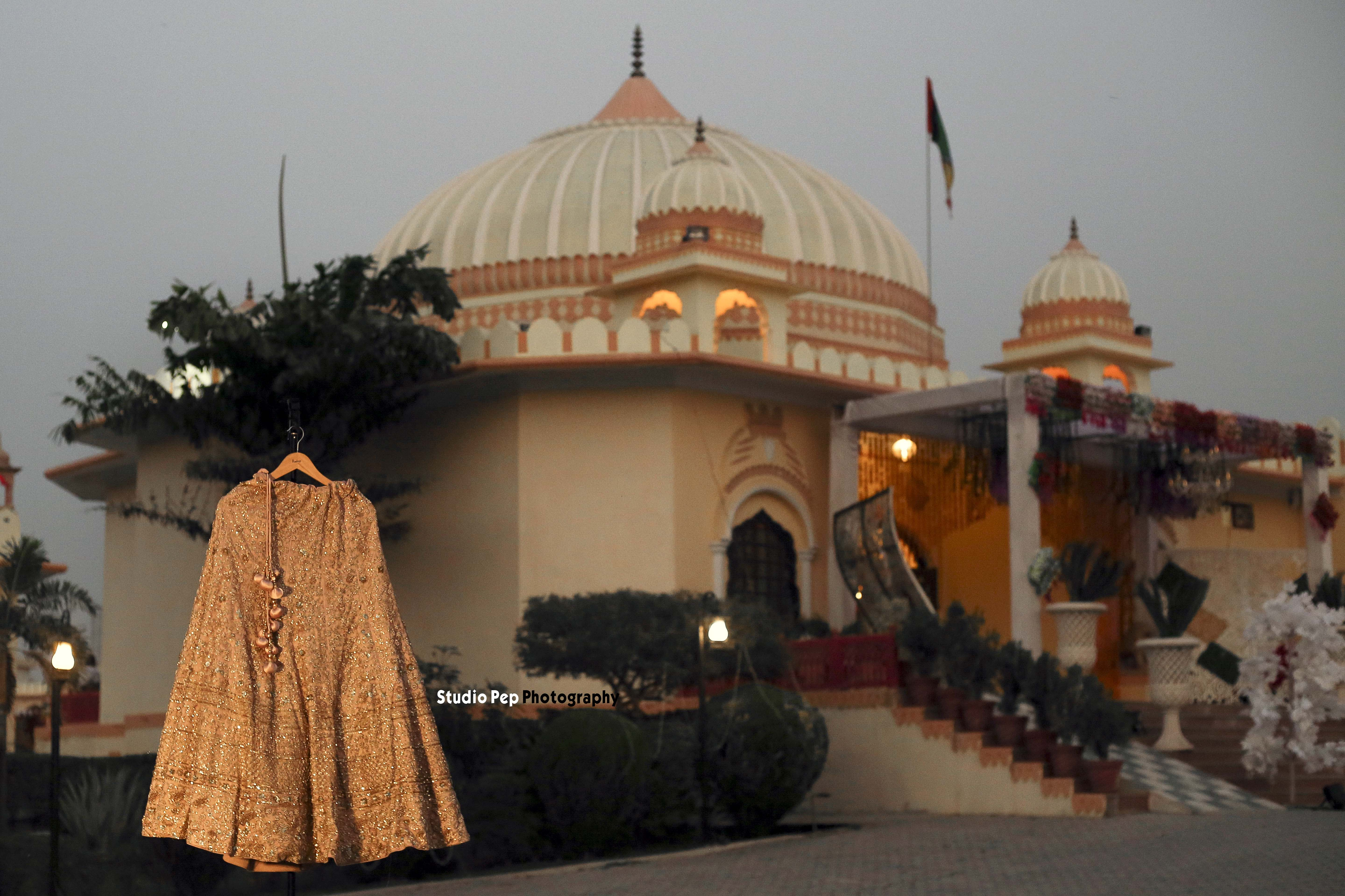 Palace for weddings - Bride and Groom