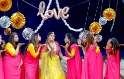 Feature Image | Glamorous Delhi Wedding With Everything Gorgeous And Pretty! | Function Mania |