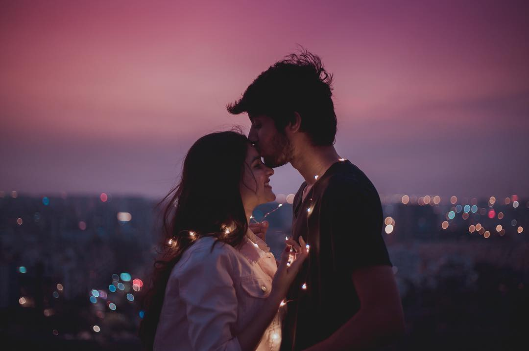 romantic dating ideas for her